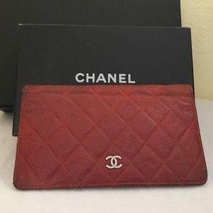 b1040bef00fd Women's Chanel Zip Wallets | Poshmark